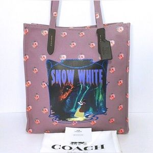 Coach Disney Snow White Poison Apple Tote Bag New